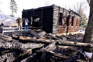 Stecowka po pożarze (fot. istebna.eu)