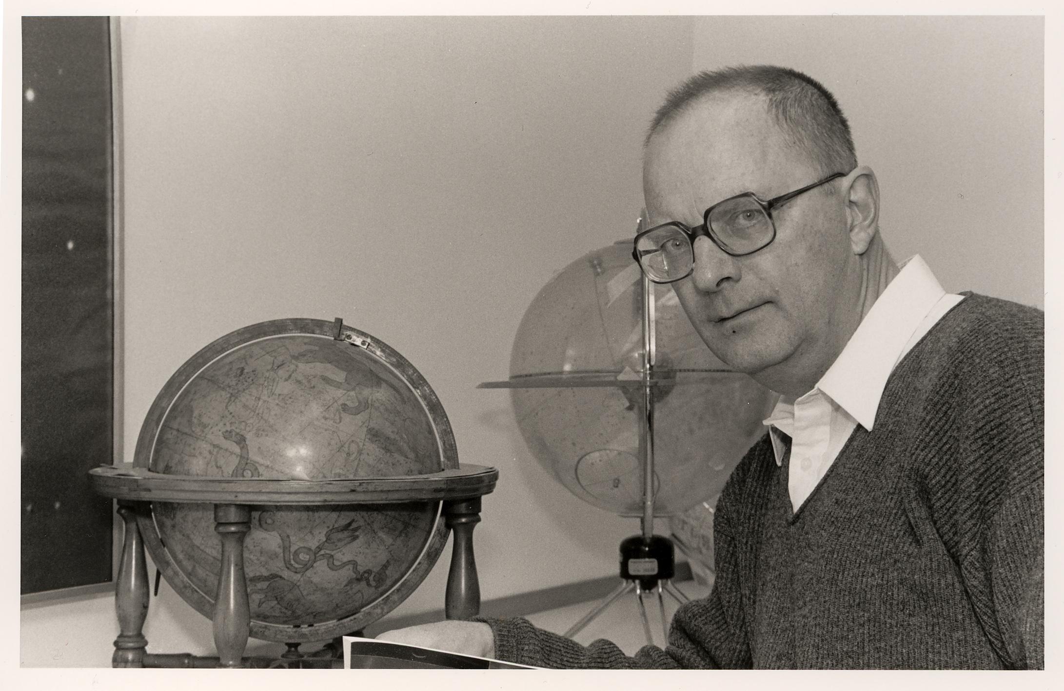 Prof. Bohdan Paczyński (1940 - 2007), urodzony w Wilnie astrofizyk.