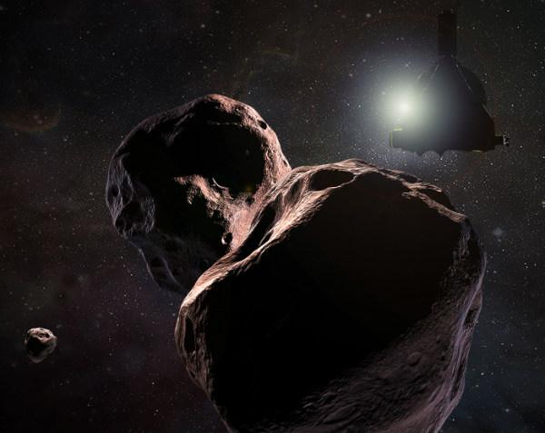 Wizja artystyczna zbliżenia sondy New Horizons do planetoidy MU69 (Ultima Thule), planowanego na 1.1.2019 o 5:33 UTC. Źródło - NASA/JHU-APL/SWRI.